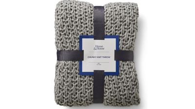 House & Home Chunky Knit Throw (Grey)