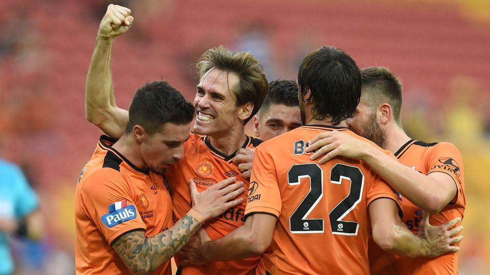 Brisbane Roar destroys lacklustre Mariners