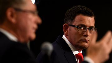 Victorian Labor leader Daniel Andrews (right) watches as Premier Denis Napthine talks. (AAP)