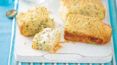 """<a href=""""http://kitchen.nine.com.au/2016/05/13/11/39/parmesan-and-butter-slice"""" target=""""_top"""">Parmesan and butter slice</a>"""
