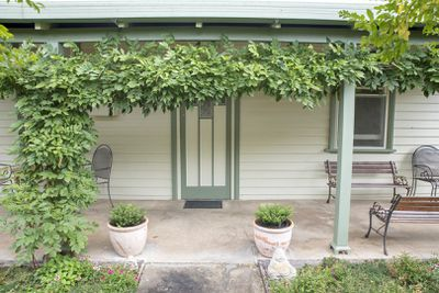 <strong>33 Annesley Street, Merino, VIC: $150,000</strong>
