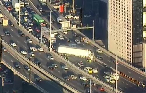 Motorists experienced severe delays as a result of the crash this morning. (9NEWS)