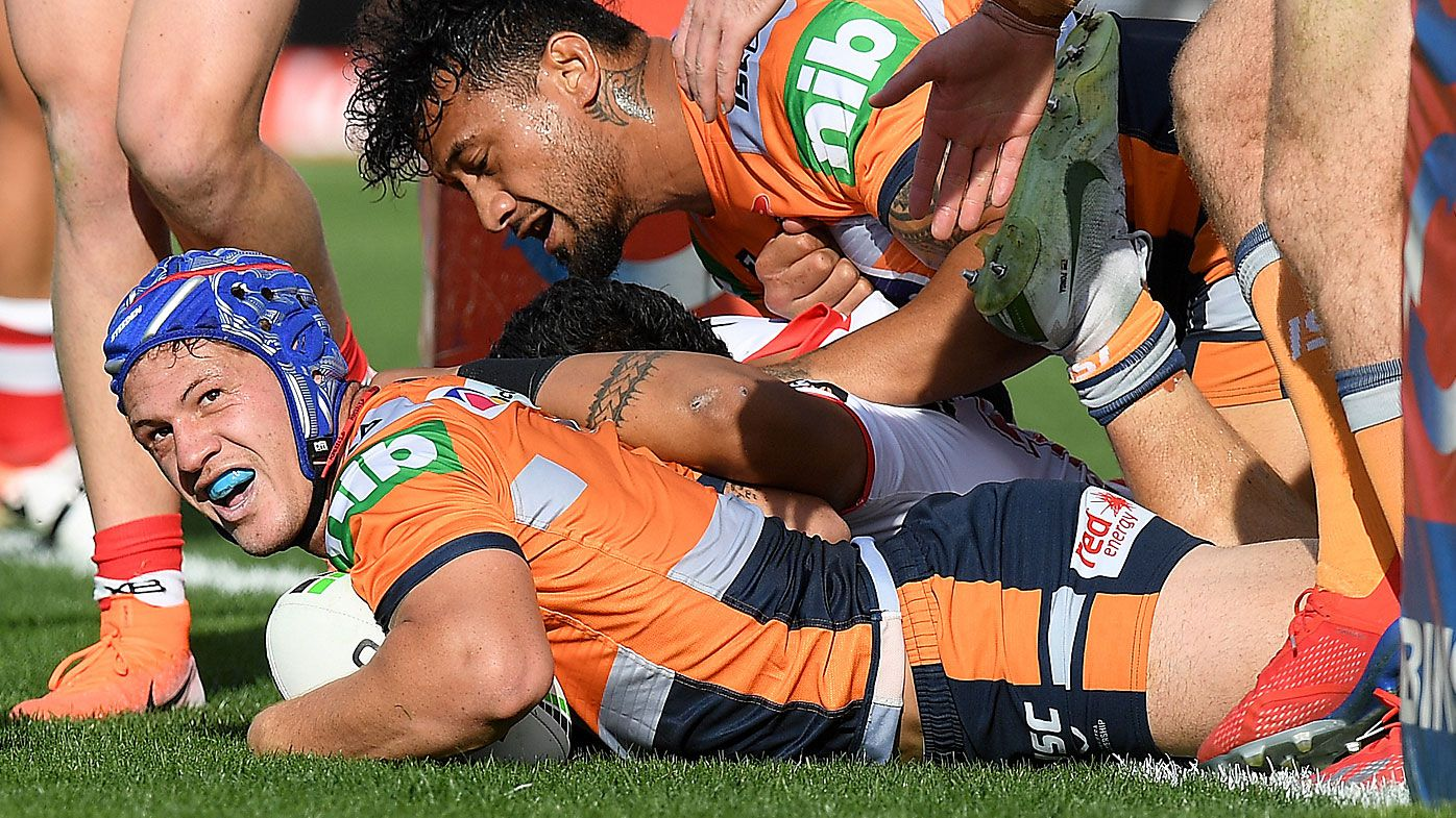 Ponga shows off 'greatness' as Pearce builds Origin case in big Knights win