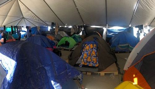 Nine reporter Alexis Daish visited migrants at the camp, Mexico's biggest.