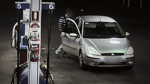 Some crooks use fake plates to get away with stealing petrol.