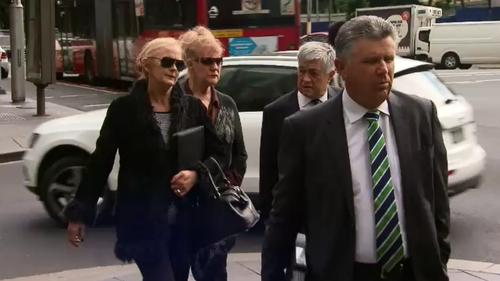 Singer Renee Geyer avoids conviction over racist tirade towards hotel receptionist in 2015