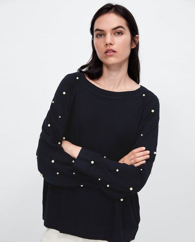 "<a href=""https://www.zara.com/au/en/pearl-sweater-p03519106.html?v1=5664957&v2=1056760"" target=""_blank"" title=""Zara Pearl Sweater"">Zara Pearl Sweater</a>, $39.95 <br>"