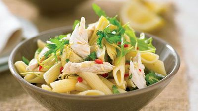 "Recipe: <a href=""http://kitchen.nine.com.au/2016/05/13/11/20/chilli-lemon-and-chicken-pasta"" target=""_top"">Chilli lemon and chicken pasta</a>"
