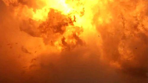 La nave espacial SpaceX explotó en una bola de fuego.