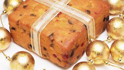 "<a href=""http://kitchen.nine.com.au/2016/05/17/15/07/christmas-cake"" target=""_top"">Christmas cake</a> recipe"