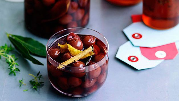 Finger food recipes with alcohol mulled wine pickled cherries forumfinder Gallery
