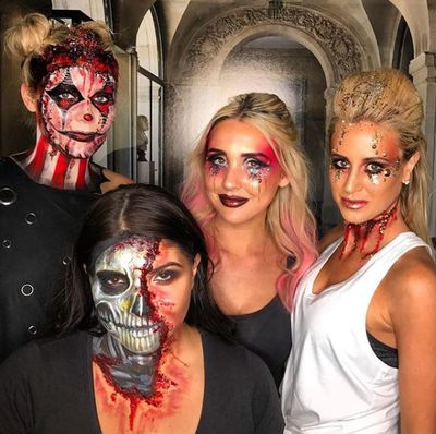Halloween babes ... Yes, they're scary but let's face it, also beautiful. Damn it.