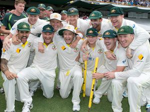 Australia players celebrate their Ashes series win. (Getty)