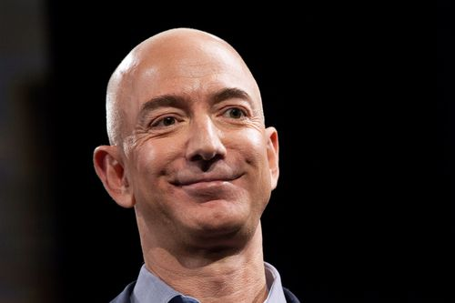 "Amazon CEO Jeff Bezos has mounted a vigorous defence of press freedom, saying President Donald Trump should be ""glad"" to face media scrutiny."