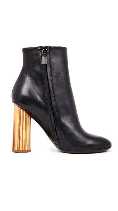<p>The heeled boot</p>