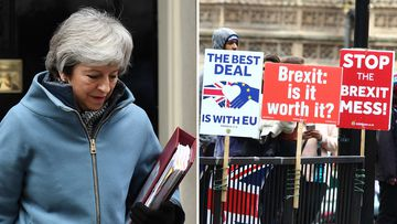 Brexit no deal OECD United Kingdom recession warning global economic impact