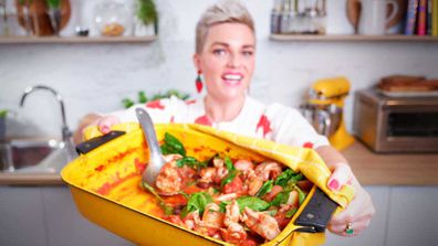 Jane de Graaff cooks easy one pan chicken puttanesca