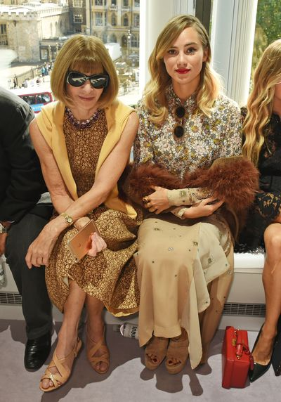 Anna Wintour and Suki Waterhouse.