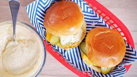 Keep it simple four ingredient cheeseburger