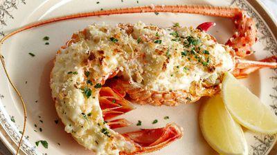 """<a href=""""http://kitchen.nine.com.au/2016/05/13/12/39/lobster-mornay"""" target=""""_top"""">Lobster mornay<br /> </a>"""