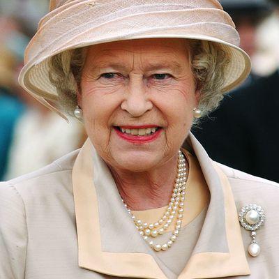 Duchess of Cambridge brooch