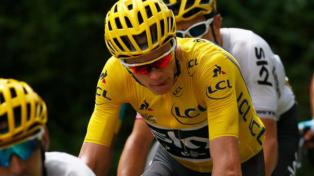Chris Froome denies barging into Tour rival Fabio Aru