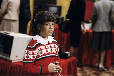 A 10-year-old Tori Spelling appeared in a 1983 Christmas episode of the TV series <i>Hotel</i>.