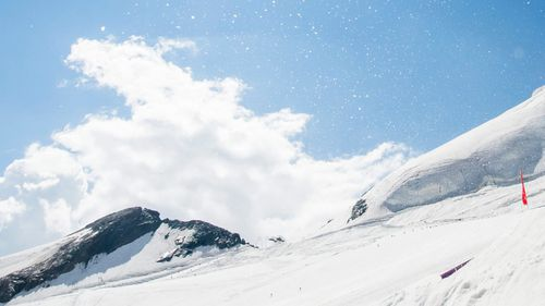 Two Italian cross-country skiers killed in Swiss avalanche
