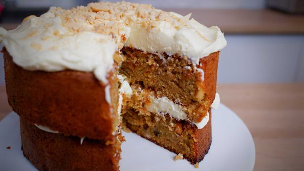 9Honey Quarantine Kitchen: The flourless carrot cake that will rock your world