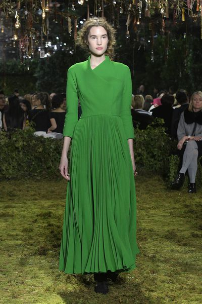 <p>Christian Dior Haute Couture Spring 2017.</p> <p>Bold green - the colour of the forest.</p>