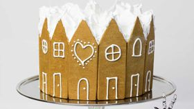 Kirsten Tibballs' gingerbread Christmas cake