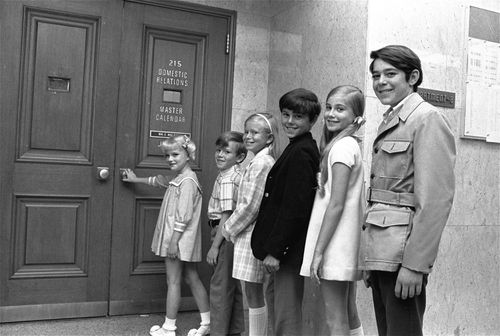 The original children cast in the show in 1969, Susan Olsen (left), Michael Lookinland, Eve Plumb, Christopher Knight, Maureen McCormick and Barry Williams. Picture: AAP