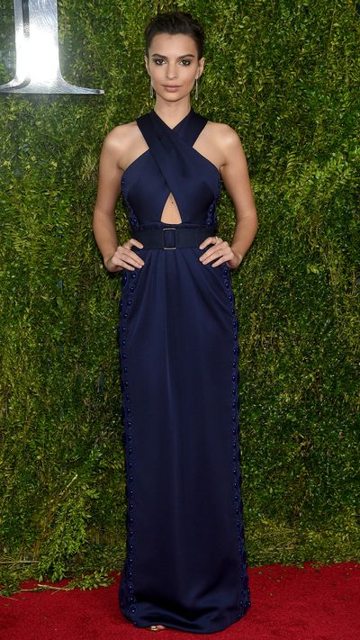 <p>Emily Ratajowski in Marc Jacobs at the Tony Awards.</p>