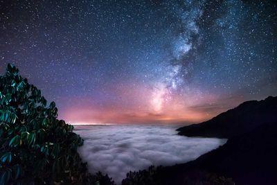 6. Himalayan starry sky