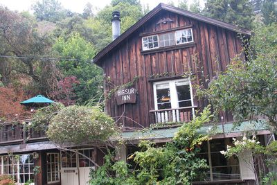<strong>Deetjen&rsquo;s Big Sur Inn, Big Sur, California</strong>
