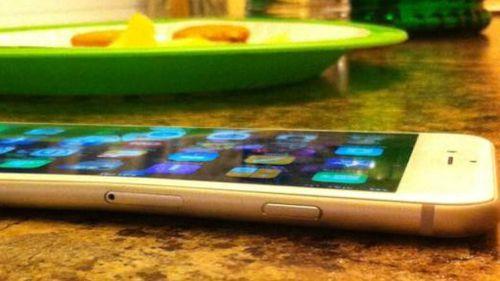 Website MacRumours has documented several accounts of the new iPhone 6 bending. (MacRumours/DevinPitcher)