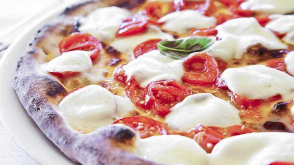 Pizza, carbs