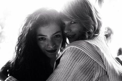 "Lorde may have labelled our girl Taylor Swift ""so flawless and so unattainable"", but the two singers seemed pretty cosy when they were spotted out for dinner at Melbourne's <a href=http://hibachi.com.au/>Hibachi Japanese Grill</a>. <br/><br/>The Kiwi native and the country singer were both in Oz last year to promote their albums, and hit up the popular Japanese joint for an evening of wining, dining and (we'll hazard a guess) boy-talk."