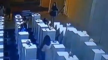 Gallery denies staging video of woman damaging sculptures