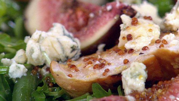 Chicken, hazelnut and fig salad