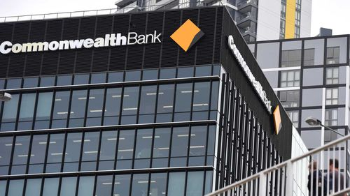 Commonwealth Bank is scrambling after a serious tech glitch saw customers unable to access their money.