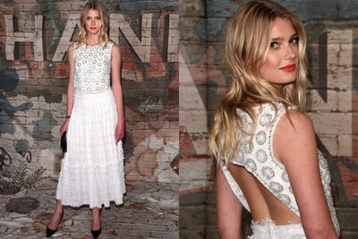 High-fash model Sigrid Agren nails our fave signature style... and she looks all-white doing so.