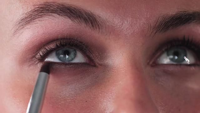 How to: Light smoky eyes