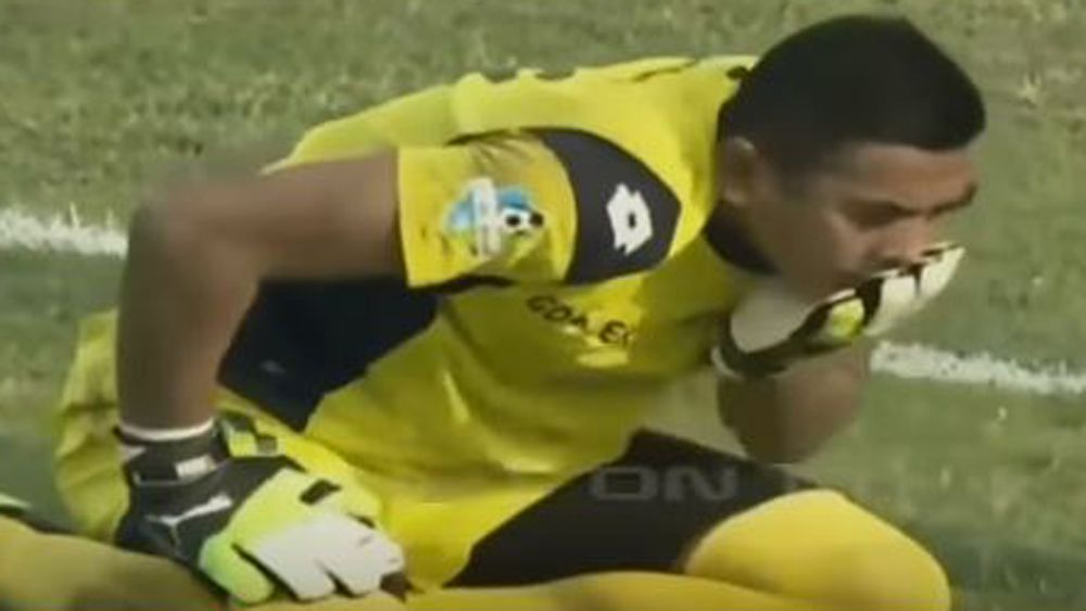 Indonesian fans mourn death of keeper