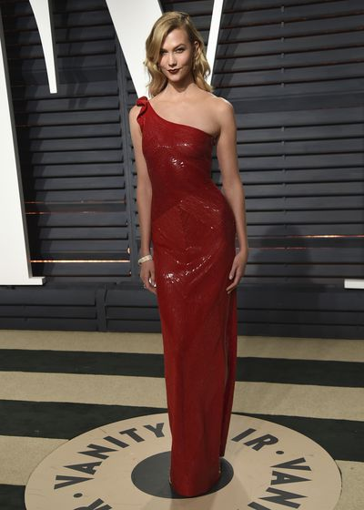 Karlie Kloss arrives at the Vanity Fair Oscar Party on Monday, Feb. 27, 2017, in Beverly Hills, Calif. (