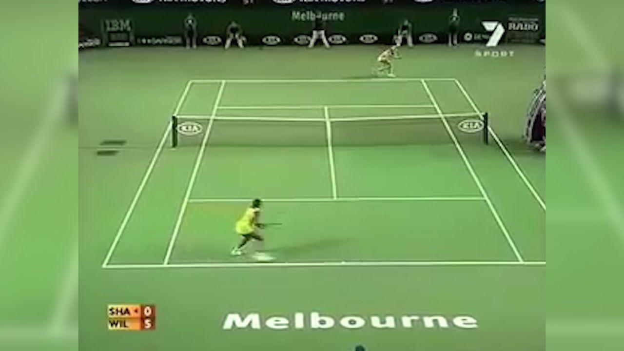 Sharapova hits ball at Williams