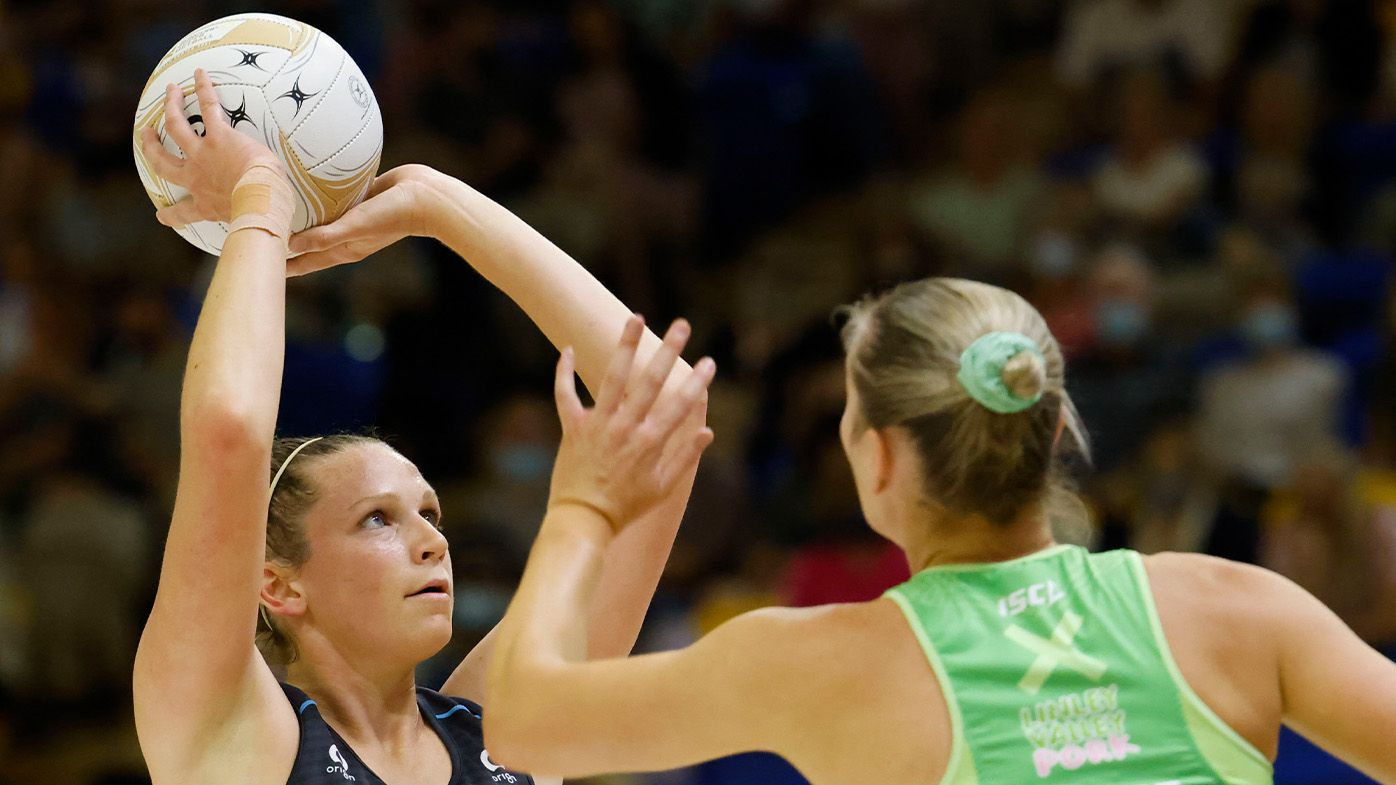 Giants topple Fever in Super Netball preliminary final to set up NSW derby decider