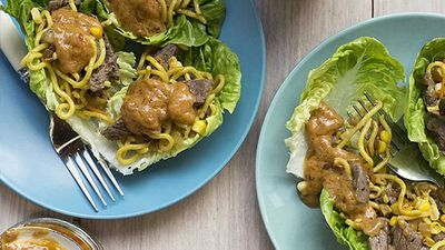 Nadia Lim's satay steak and vegetable noodle cups