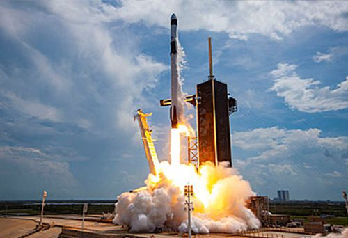 SpaceX rocket launch (Getty)