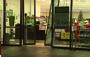 Three thieves on the run after ram-raid at Brisbane Woolworths
